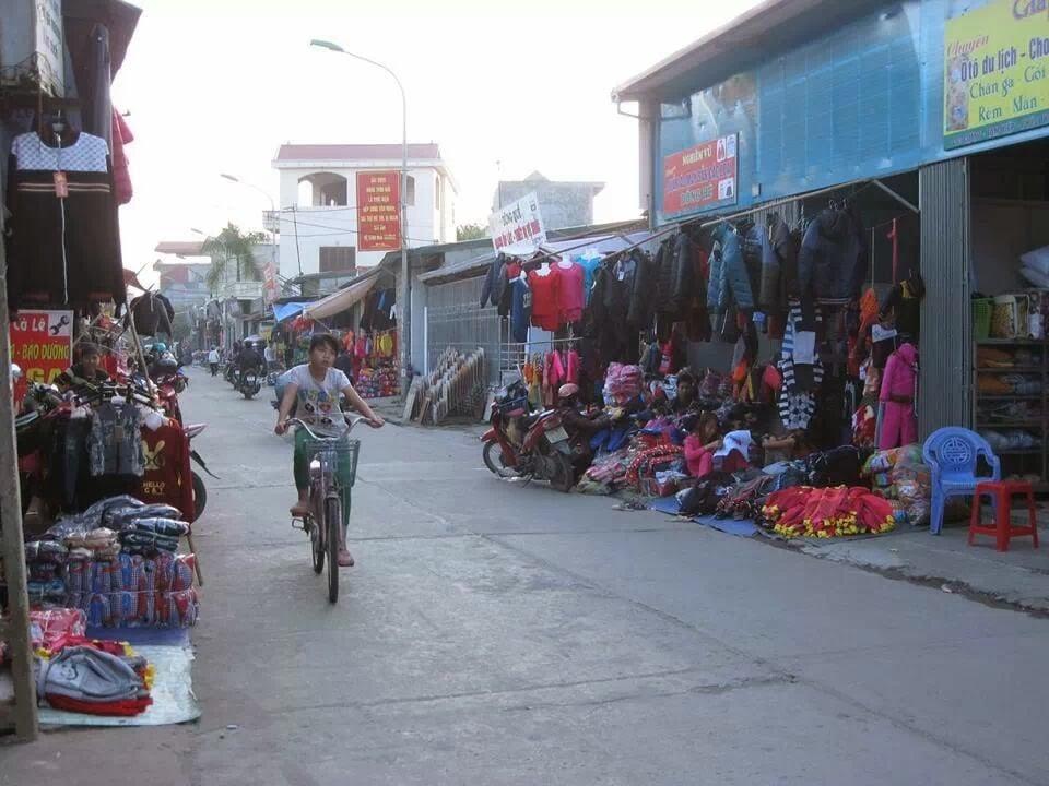 Các hộ kinh doanh bán buôn sỉ quần áo Xã Tam Hiệp
